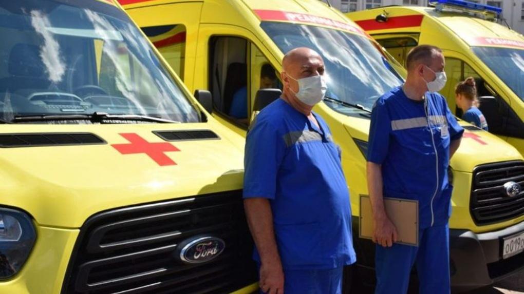 Тамбовские медики получили новые реанимобили