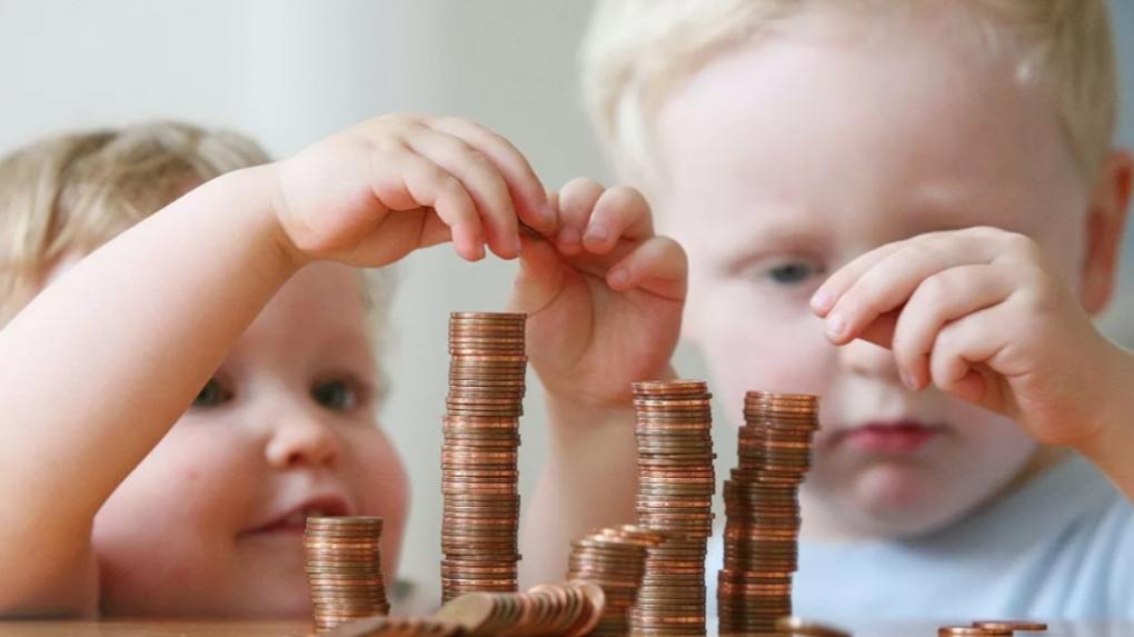 В январе тамбовские семьи с детьми от 3 до 7 лет получили пособия на сумму 165 миллионов рублей