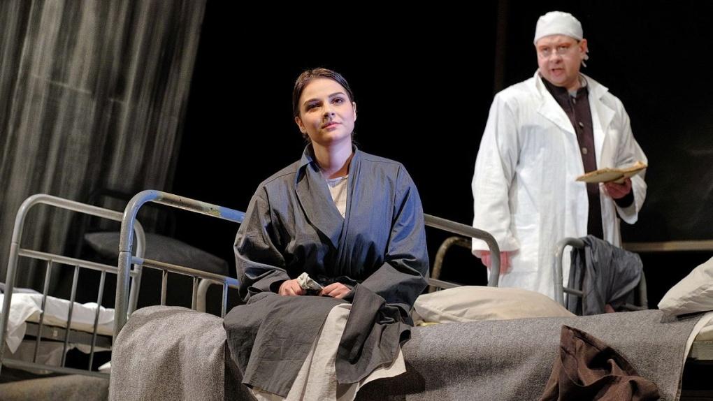 Тамбовский драматический театр решил подарить медикам свой спектакль