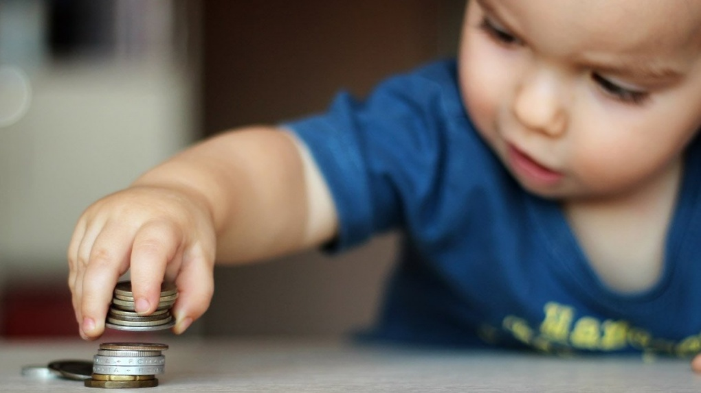 Пособия по уходу за ребенком до полутора лет в декабре получат более 4 тысяч тамбовчан