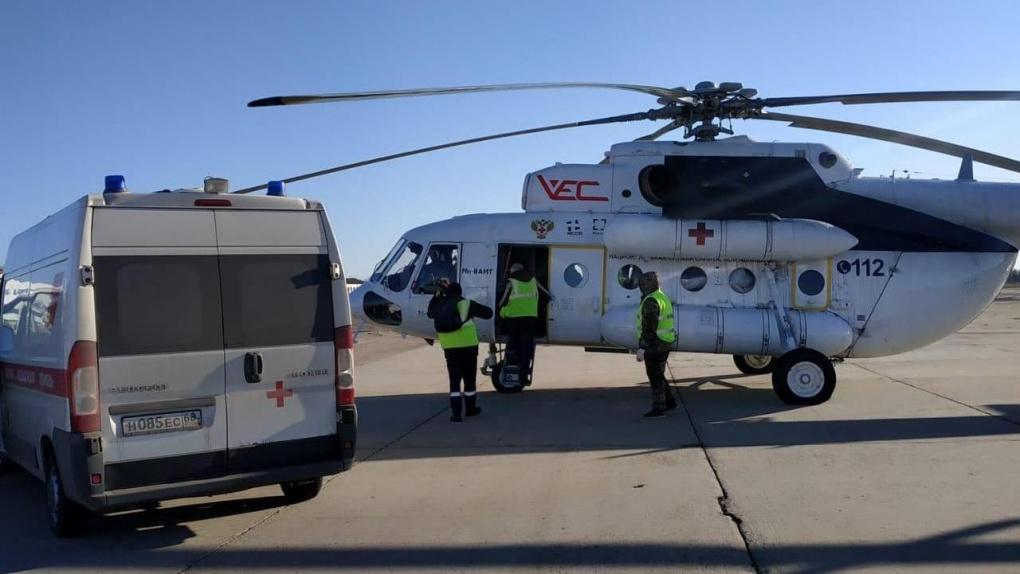 С помощью вертолета санитарной авиации жителю Тамбовской области спасли жизнь