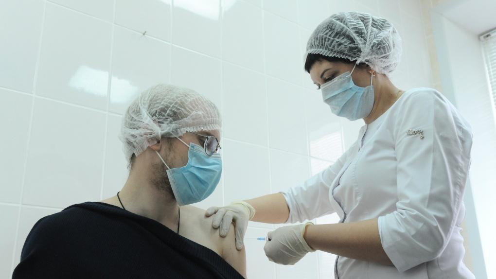 В Тамбовской области через электронный сервис на вакцинацию записались более 2 тысяч человек