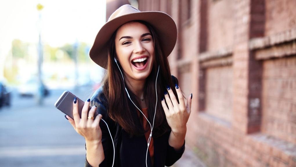 Тамбовские абоненты Tele2 слушают музыку более часа в день