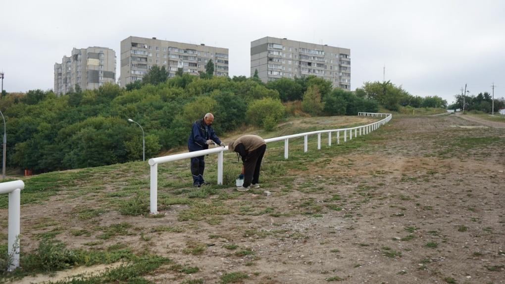 В Ласковском карьере установили новое ограждение от машин
