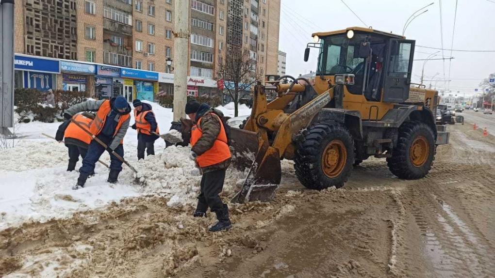 В Тамбове прошёл ледяной дождь: коммунальные службы устраняют последствия