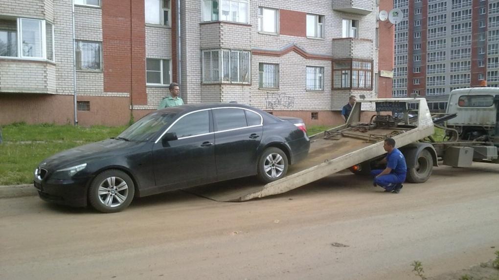 В РФ начали торговать машины злобных неплательщиков штрафов